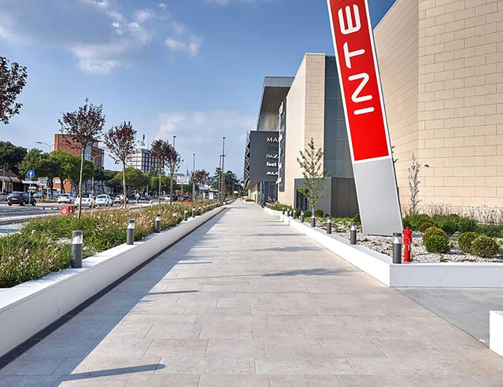 Adigeo_shopping_center2