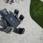 Villa-con-piscina-a-Birmingham-pavimentazione-in-pietra-sinterizzata-Etna-Light-Grey
