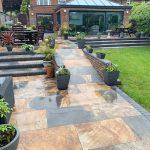 Lastre in pietra sinterizzata HARDSCAPE PORCELAIN Monviso Multicolor in 2 cm di spessore Villa Preston