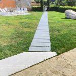 Lastre in pietra sinterizzata L'ALTRA PIETRA XXL Colosseo Silvergrau 120x240 cm agriturismo San Martino Cuneo