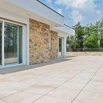 Pavimento in pietra sinterizzata in attico privato Monza e Brianza